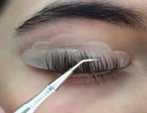 lash lifting at top beauty salon in Queensferry
