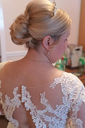 The Best Wedding Hairstyles At Oasis Hair & Beauty Salon in Queensferry, Flintshire